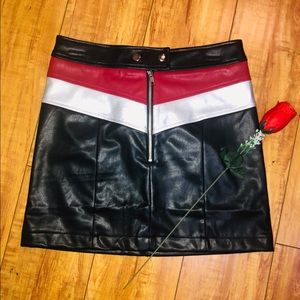 Color Block Leather Skirt 🌹